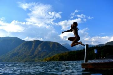 Le fabuleux lac Bohinjsko. Touristique a souhait. Mais bon endroit pour apprendre à planger.