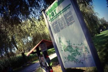 Le POT, un sentier de 33Km entourant la ville, qui correspond au tracé des anciens barbelés de ceinture durant le siège de la seconde guerre mondiale.