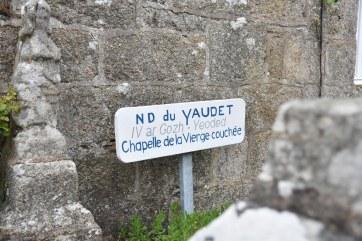 Petit détour par le Yaudet et sa chapelle.